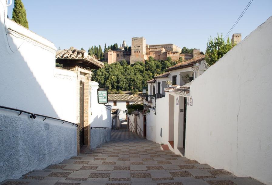 Ofertas especiales hotel en Granada La Zubia